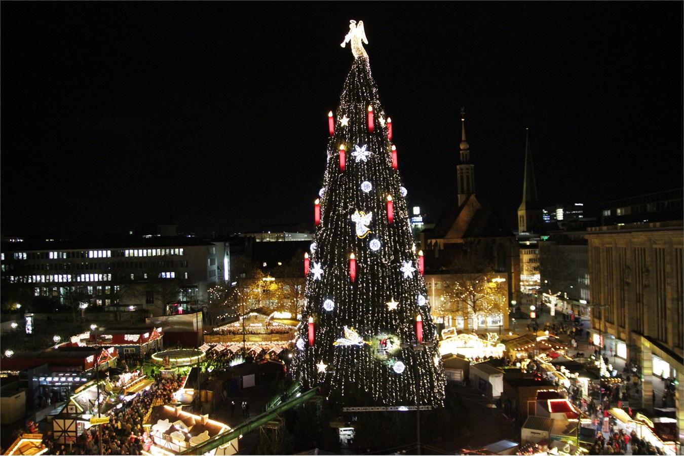 Albero Di Natale Piu Grande Del Mondo.The World Is Mine