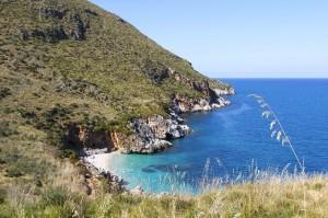 italy-sicily-zingaro_reserve-beach-478088817